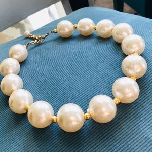 Jewelry - Vintage Large Faux Pearl Necklace